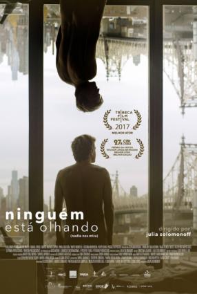 Cartaz do filme NINGUÉM ESTÁ OLHANDO – Nadie nos mira