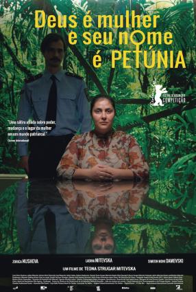 Cartaz do filme DEUS É MULHER E SEU NOME É PETÚNIA – God exists, her name is Petrunya